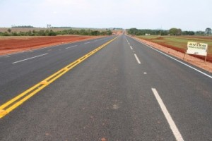 Rodovia de acesso a Pimenteiras chega a 10 km de asfalto.