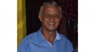 O jornalista Ivan Pereira Costas estava em frente a sua casa, quando um homem de moto passou em baixa velocidade e disparou cinco vezes